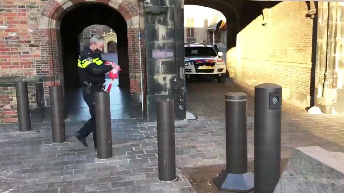 Evacúan parcialmente el complejo parlamentario neerlandés por amenaza de bomba