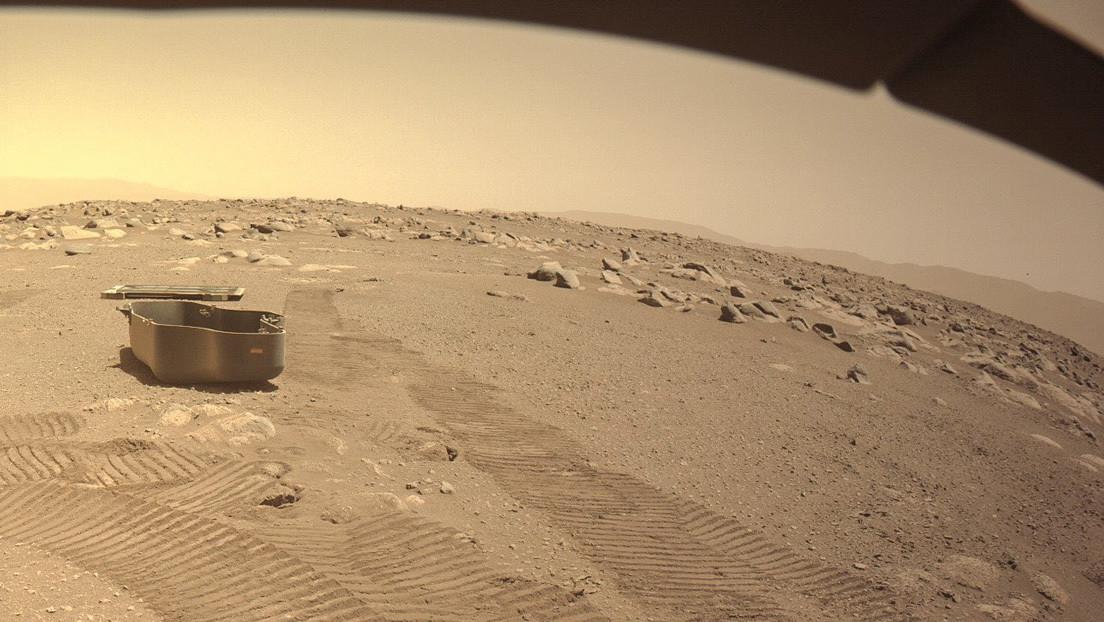 Musk publica una imagen de Marte y no falta quien percibe allí un Tesla volador