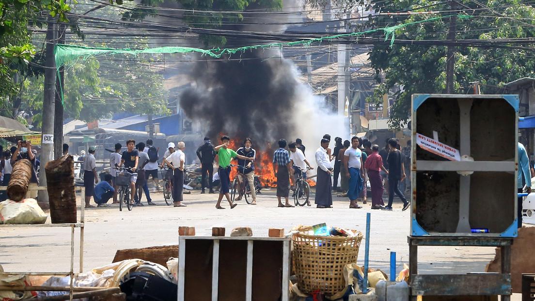Reportan la muerte de más de 90 manifestantes en Myanmar, cifra récord desde que la junta militar tomó el poder