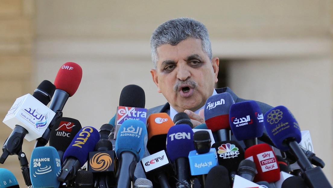El presidente de la Autoridad del Canal de Suez anuncia que el atasco de tráfico de cientos de barcos se resolverá en 3 días y medio