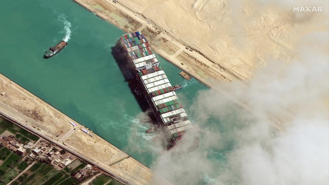 """""""¿Por qué solo el canal de Suez debe tener toda la diversión?"""": una 'app' permite encallar el Ever Given en cualquier rincón del mundo"""