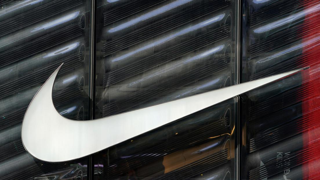 Nike niega vínculos con las 'zapatillas de Satán', que contienen sangre humana, y demanda al fabricante