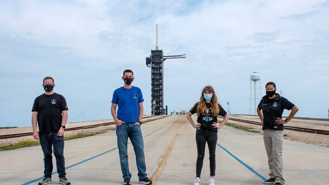 SpaceX revela quiénes serán los integrantes de la primera misión al espacio con una tripulación completamente civil
