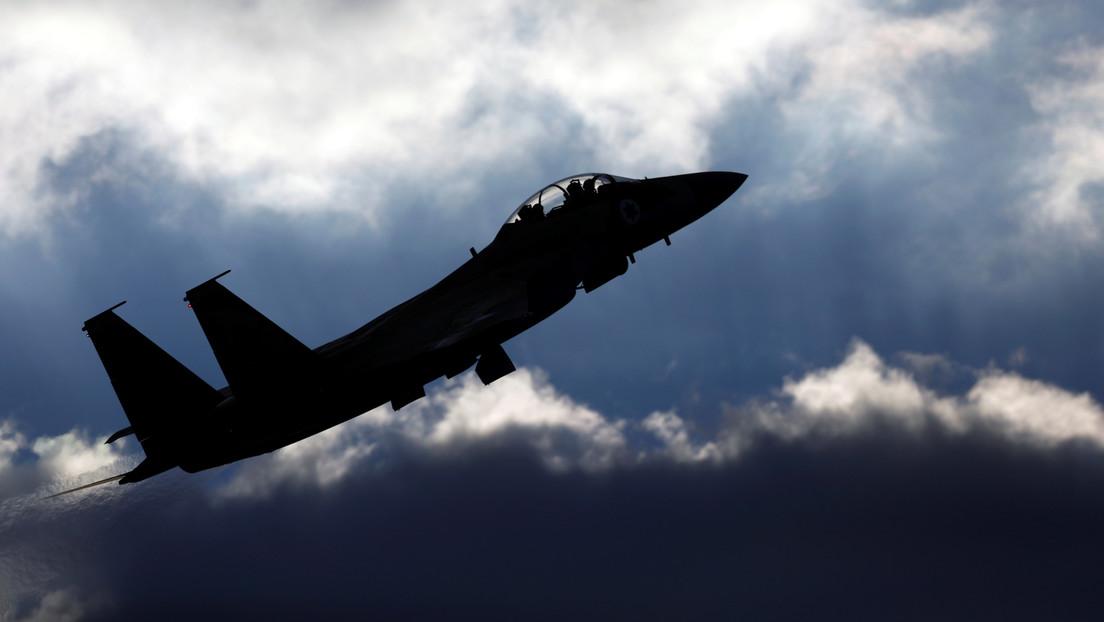 VIDEO: Un F-15 saudí abate un 'dron suicida' de los hutíes con un misil