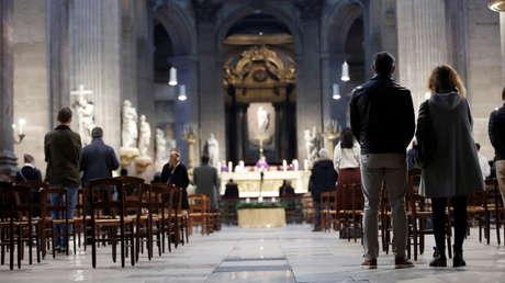 Comisión independiente estima que miembros de la Iglesia católica en Francia abusaron al menos de 10.000 menores desde 1950