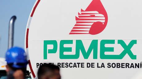 """Petróleos Mexicanos cancela un contrato con la calificadora Fitch Ratings por el """"complejo contexto económico"""""""