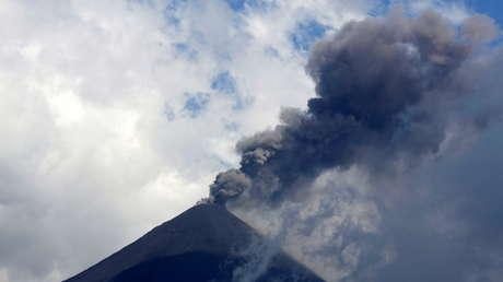 VIDEO: Aumenta la actividad del volcán guatemalteco de Pacaya y no se descarta una erupción más fuerte