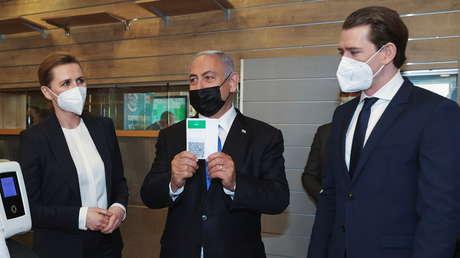 VIDEO: Netanyahu muestra a homólogos de Dinamarca y Austria el sistema de pases que permite a los vacunados acceder a lugares públicos