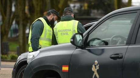 Aparecen tres cadáveres en una casa incendiada en Madrid y la principal teoría apunta a que el hombre mató a su esposa y a su hija y luego se suicidó