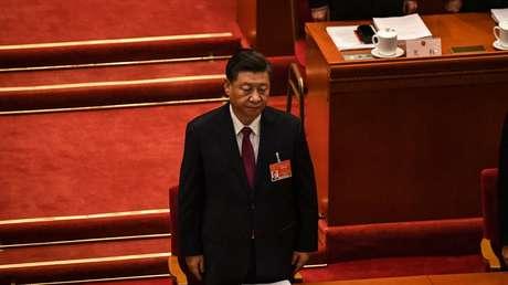 """Xi Jinping insta a las fuerzas armadas de China a centrarse en la """"preparación para el combate"""" en medio de las tensiones con EE.UU."""
