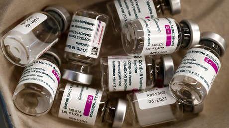 España paraliza cautelarmente la vacunación con las dosis de AstraZeneca