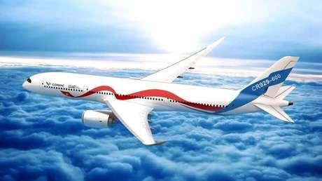 Ponen a prueba la maqueta aerodinámica del rival ruso-chino de Boeing y Airbus (FOTOS)