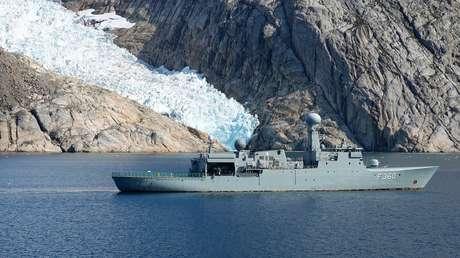"""Una base militar construida bajo hielo en la Guerra Fría da pistas sobre un """"problema urgente para los próximos 50 años"""""""
