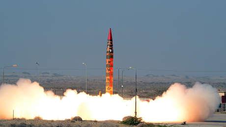 VIDEO: Pakistán ensaya un misil balístico capaz de portar ojivas nucleares