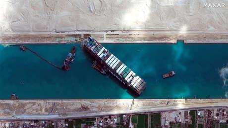 El comercio mundial podría perder 230.000 millones de dólares tras el atasco creado por el MV Ever Given en el canal de Suez