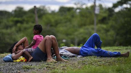 La peligrosa (y poco conocida) ruta migratoria entre Panamá y Colombia donde la cifra de niños que cruzan se multiplica por quince
