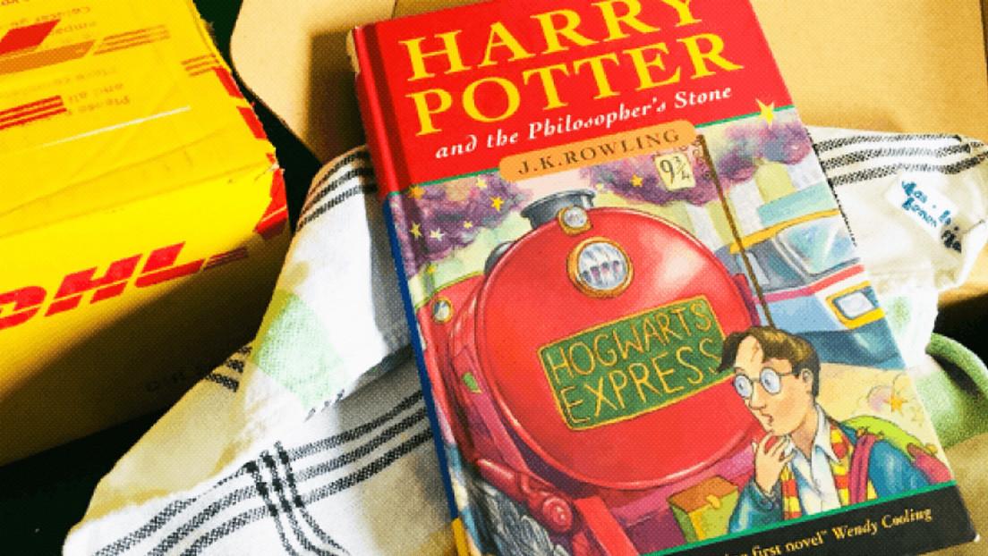 Una mujer compra un libro de Harry Potter por un dólar y resulta ser un ejemplar que ahora vale 41.000 dólares