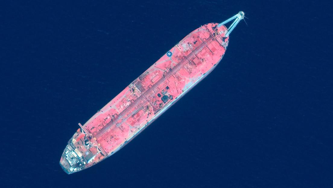 """""""Bomba de relojería"""": un 'petrolero fantasma' varado frente a Yemen puede causar una gran catástrofe ecológica en Oriente Medio"""