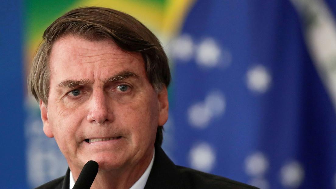 """""""El ejemplo que un jefe tiene que dar"""": Bolsonaro afirma que será el último brasileño en vacunarse contra el coronavirus"""