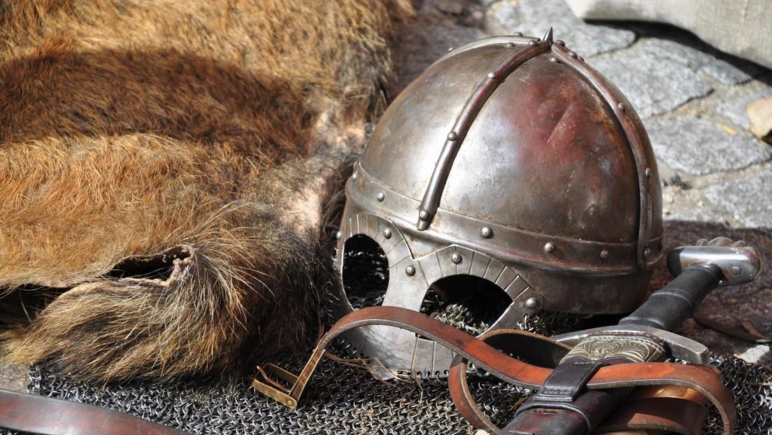 Hallan tumbas de guerreros de la Edad de Hierro en Suecia, cuyos restos reposan sobre cojines rellenos de plumas