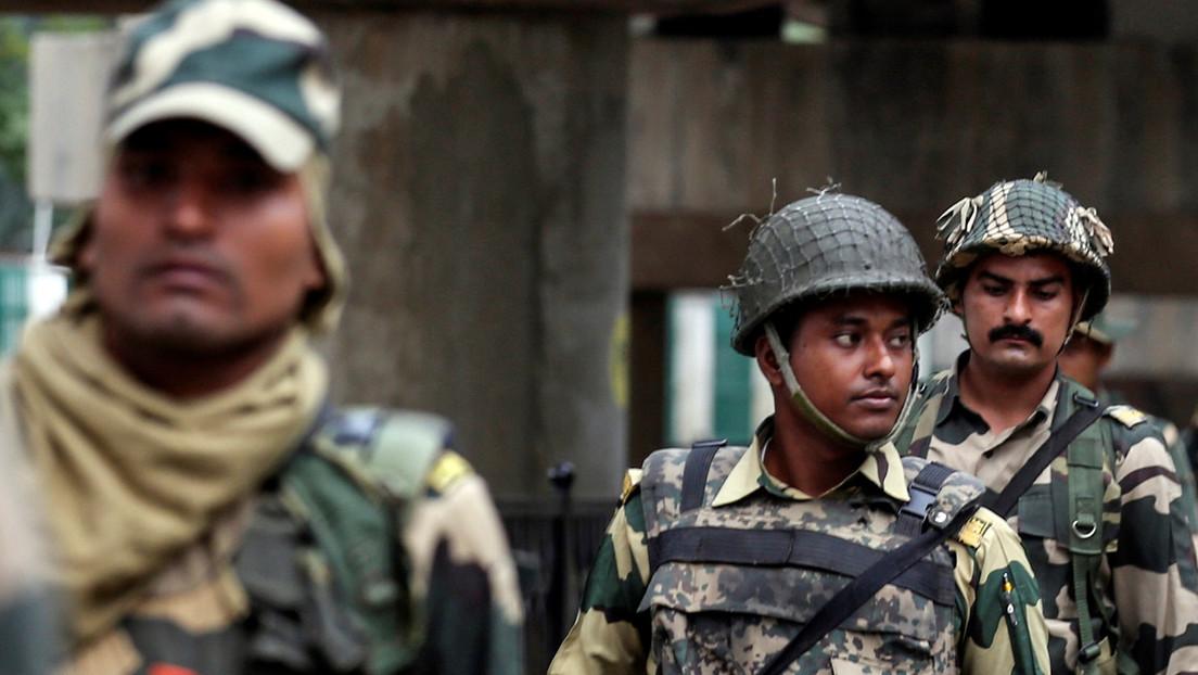 Mueren 22 policías y más de 30 resultan heridos por guerrilleros durante una redada antimaoísta en la India