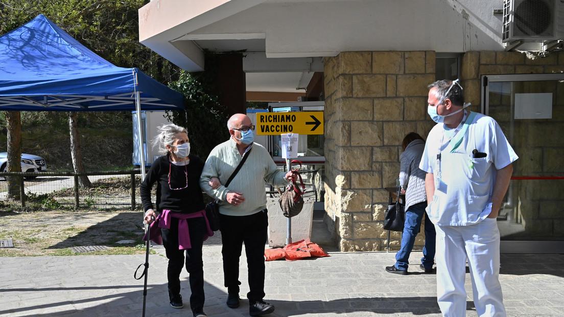 The New York Times: Cientos de italianos intentan obtener cita para vacunarse con Sputnik V en San Marino