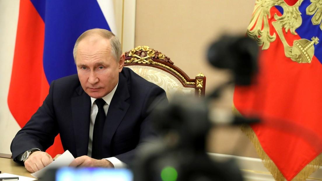 Vladímir Putin llama a Alberto Fernández para conocer su estado de salud después de que el presidente argentino diera positivo por coronavirus