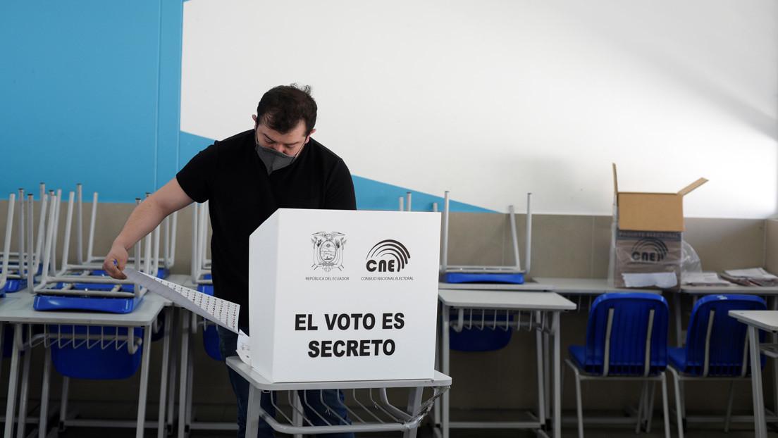 Superdomingo electoral en Suramérica: estos son los tres países que celebrarán comicios en medio de la pandemia (y el único que los aplaza)