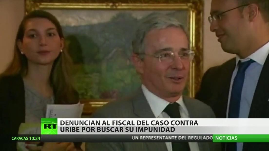 Denuncian al fiscal del caso contra Uribe por buscar su impunidad