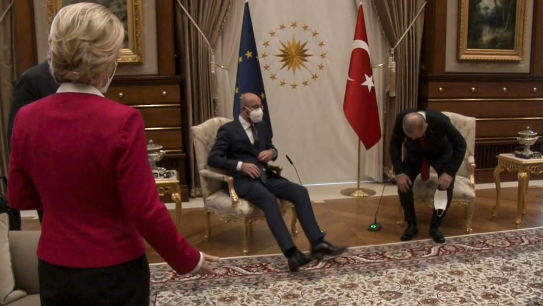 VIDEO: Ursula von der Leyen se queda sin silla en una reunión con Erdogan