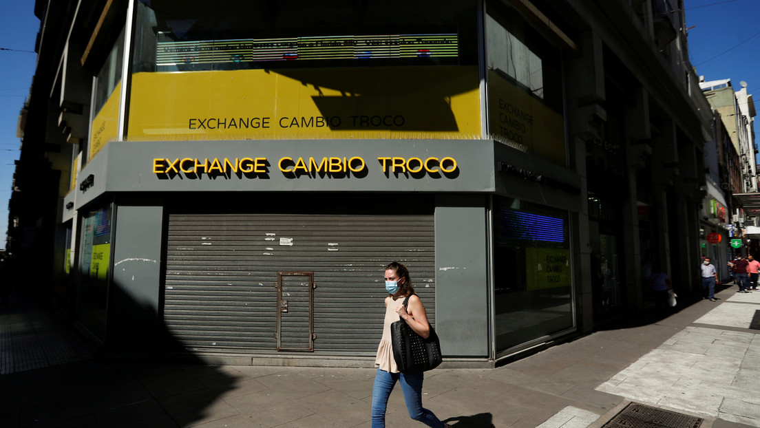 El Gobierno de Argentina anuncia restricciones a la circulación para frenar la segunda ola de covid-19