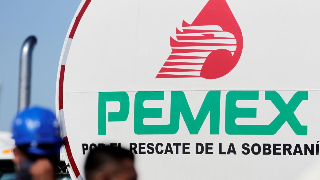 VIDEO: Captan el momento de una explosión en una refinería de Pemex en Veracruz
