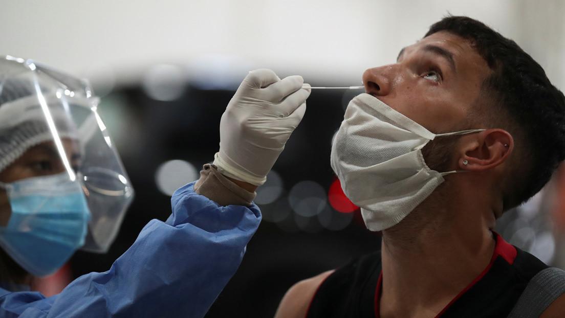 La insólita teoría conspiracionista de una periodista argentina sobre los hisopados para detectar el covid-19 que ha desatado un escándalo