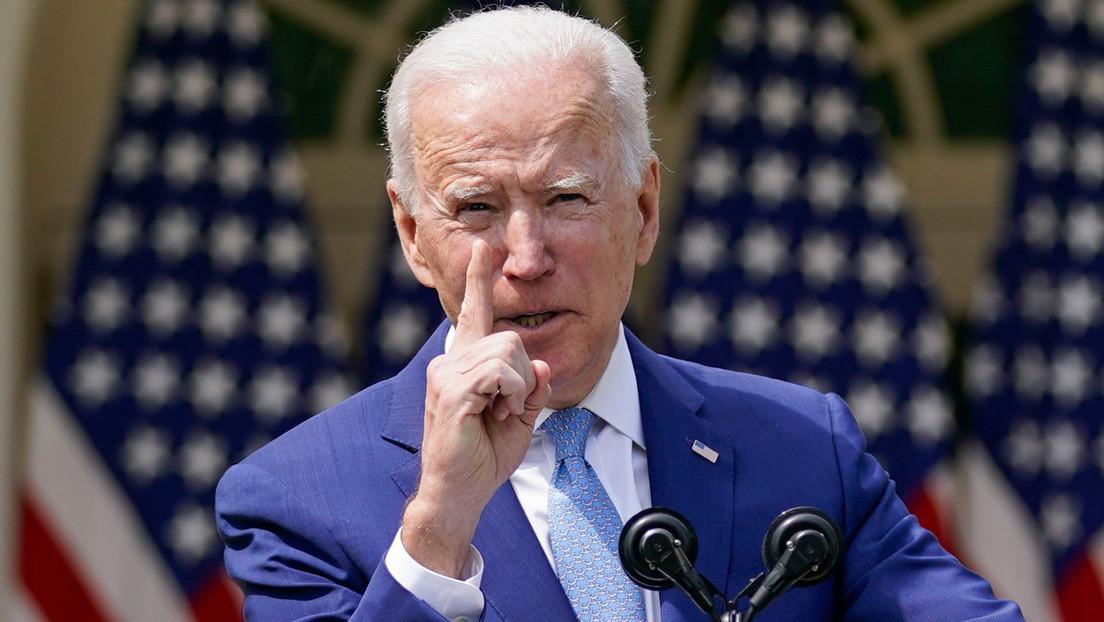 """Biden anuncia medidas para controlar la creciente """"epidemia"""" de armas por la que atraviesa EE.UU."""