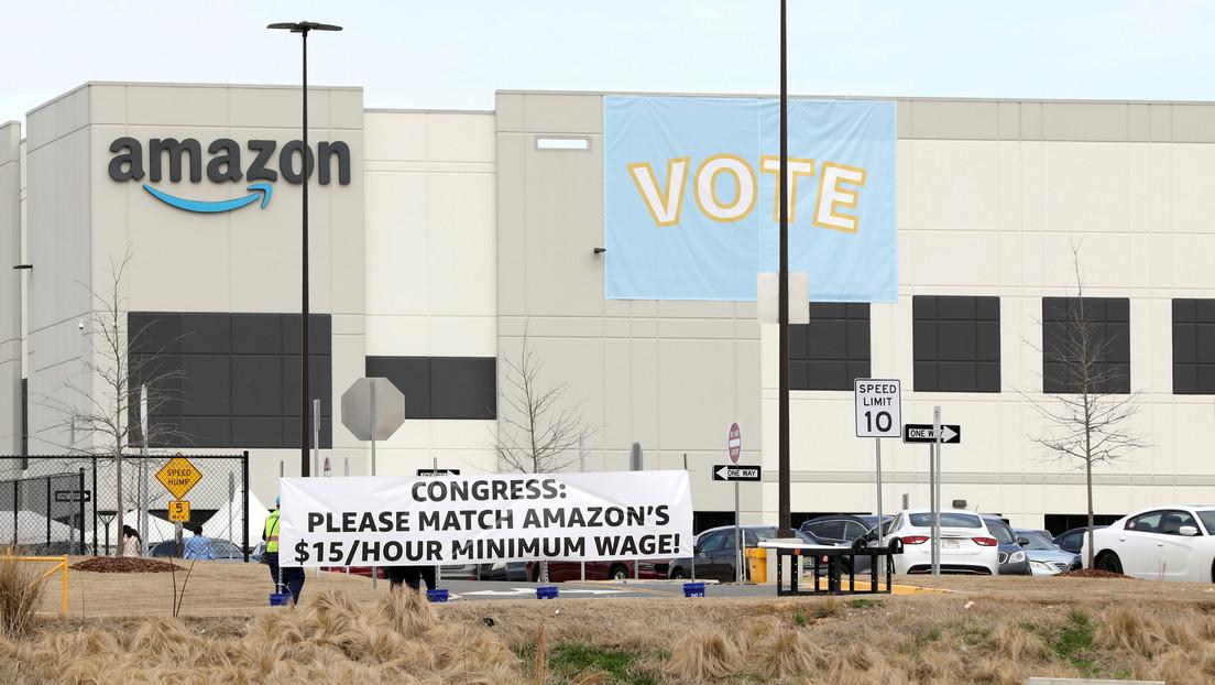 Empleados de una planta de Amazon en EE.UU. rechazan por mayoría abrumadora formar un sindicato de trabajadores