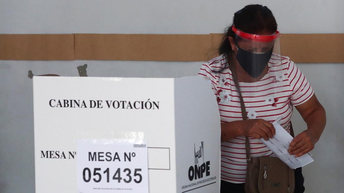 Sondeos a boca de urna: Pedro Castillo lidera en las elecciones en Perú, aunque habría segunda vuelta