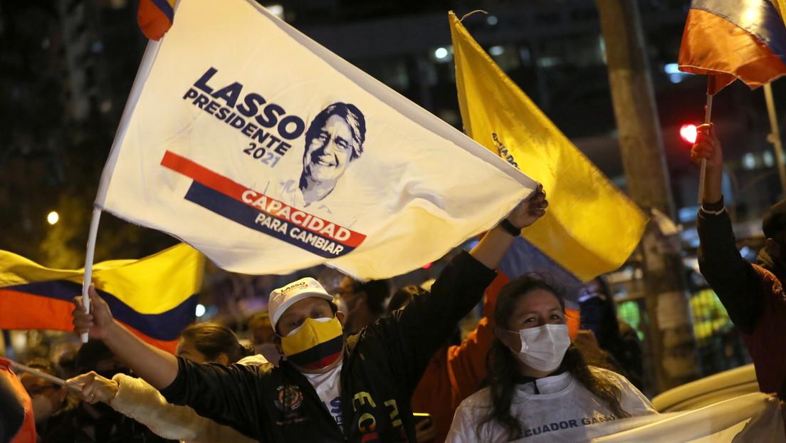 """""""Gracias por darme la oportunidad de ser su presidente"""": Guillermo Lasso celebra su virtual triunfo en los comicios de Ecuador"""