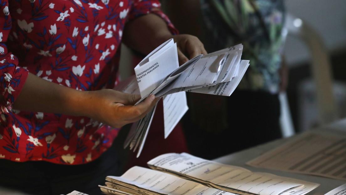 Los competidores para la segunda vuelta en Perú se conocerán en mayo, indica el Jurado Nacional de Elecciones