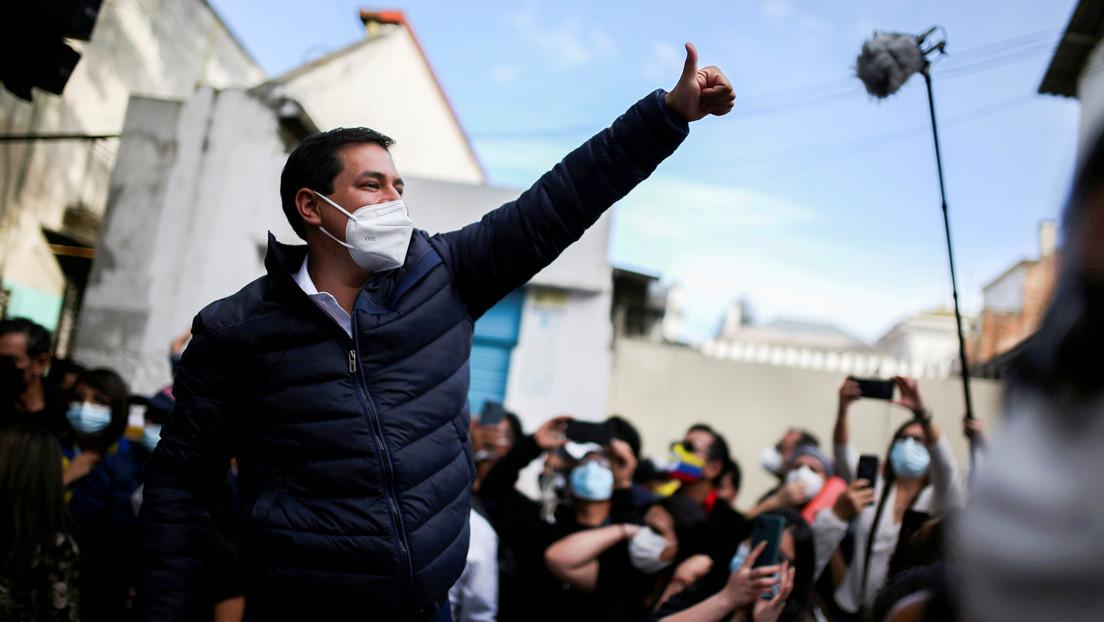 """""""La persecución política debe terminar"""": Arauz llama a la reconciliación en Ecuador tras la victoria de Lasso"""