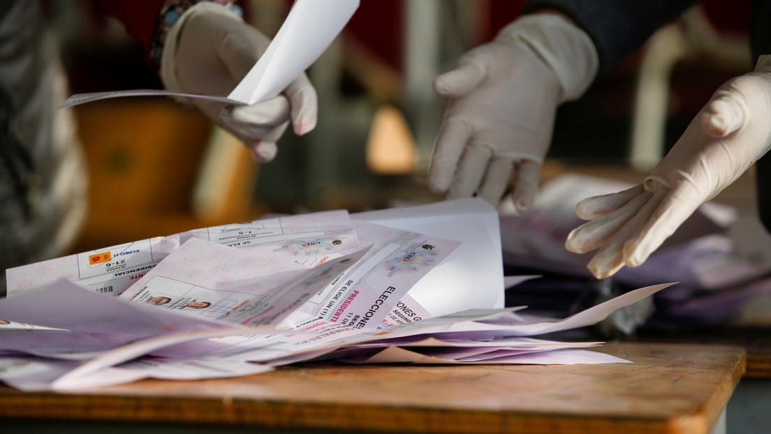 Por qué el voto nulo es otro gran protagonista en las elecciones de Ecuador