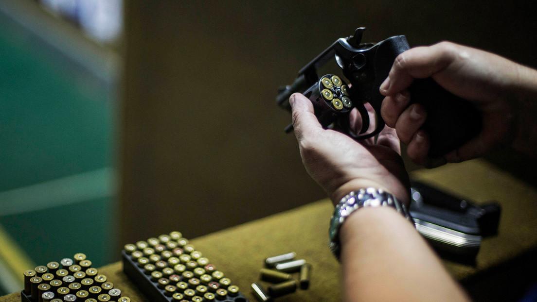 Por qué una jueza brasileña suspendió parte de los decretos de flexibilización del uso de armas de Bolsonaro