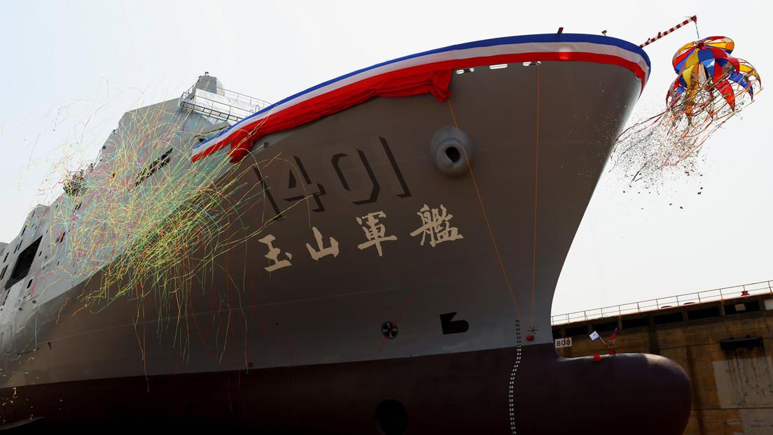 Taiwán bota un nuevo buque de asalto anfibio pensado para un eventual conflicto con China