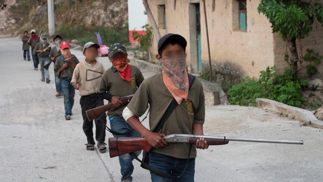 Niñez reclutada: lo que hay detrás de las imágenes de menores de edad armados en el estado mexicano de Guerrero