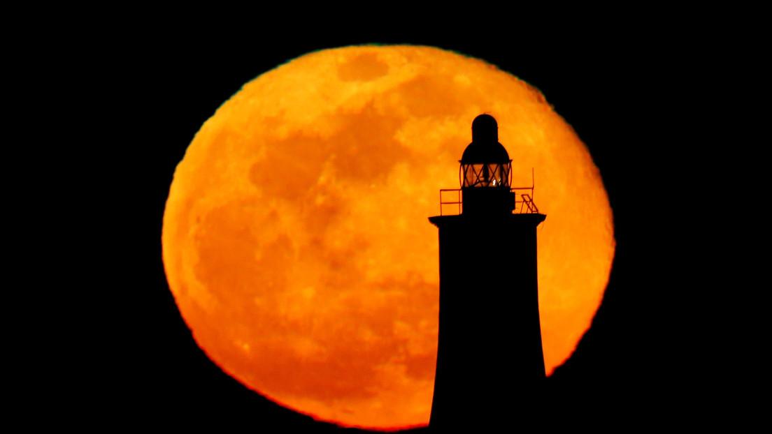 La superluna rosa iluminará los cielos el 26 de abril (y esta vez durará tres días)