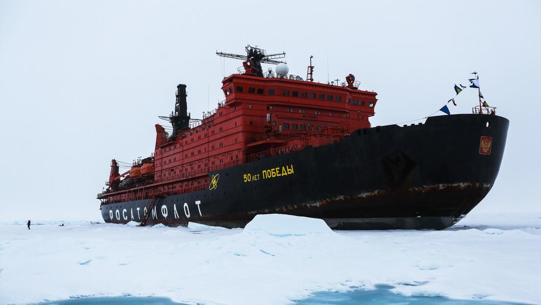 """Putin: """"Rusia construye la flota de rompehielos más potente del mundo"""""""