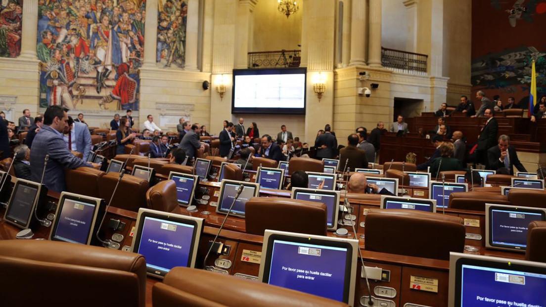El Congreso de Colombia inicia el histórico debate sobre la regulación de la hoja de coca y sus derivados