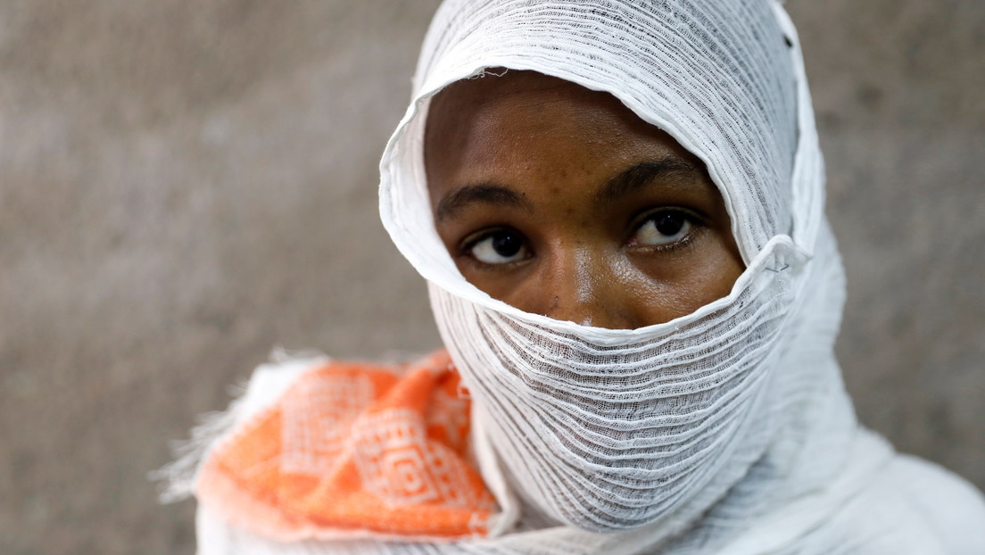 """""""Esclavitud sexual"""" en Etiopía: una mujer fue bestialmente violada por soldados que luego le introdujeron clavos y una piedra en la vagina"""