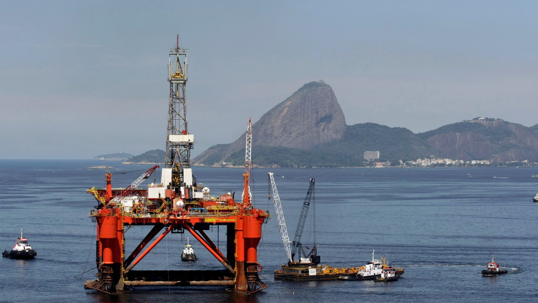 """Un consorcio liderado por la brasileña Petrobras devuelve parte de un yacimiento por ser """"de bajo potencial"""""""