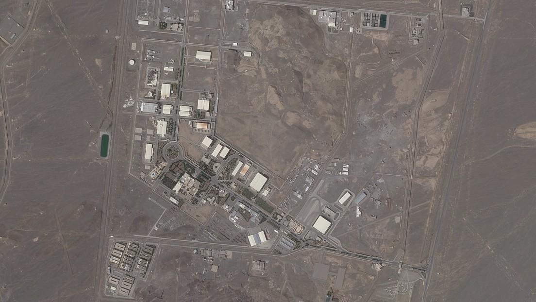 La detonación de un explosivo provocó el incidente eléctrico en la instalación nuclear iraní de Natanz, reporta la televisión local