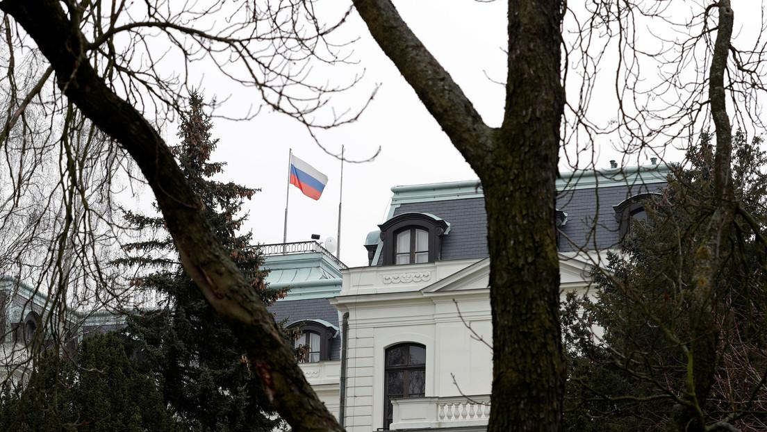 La República Checa expulsa a 18 diplomáticos rusos